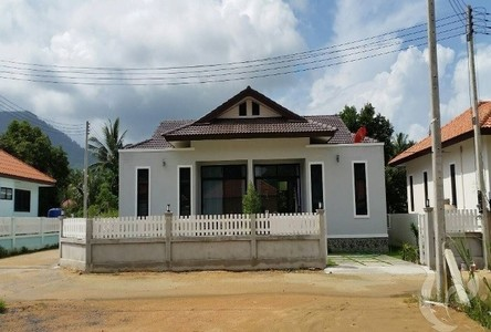 For Sale or Rent 4 Beds タウンハウス in Ko Samui, Surat Thani, Thailand
