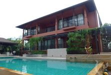 For Rent 5 Beds 一戸建て in Khlong Toei, Bangkok, Thailand