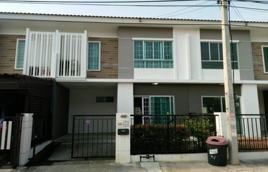 Продажа: Таунхаус с 3 спальнями в районе Sam Phran, Nakhon Pathom, Таиланд | Ref. TH-CXHEQIHX