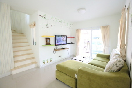 For Sale 3 Beds タウンハウス in Mueang Phuket, Phuket, Thailand   Ref. TH-LURBVRIG