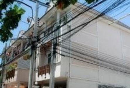 For Sale or Rent 3 Beds Townhouse in Nakhon Chai Si, Nakhon Pathom, Thailand