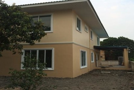 For Sale or Rent 4 Beds House in Lam Luk Ka, Pathum Thani, Thailand