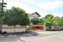 For Sale 5 Beds House in Lat Krabang, Bangkok, Thailand