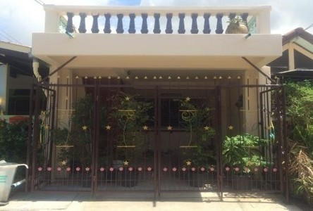 For Rent 2 Beds Townhouse in Khan Na Yao, Bangkok, Thailand