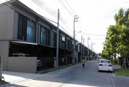 For Sale or Rent 3 Beds Townhouse in Don Mueang, Bangkok, Thailand
