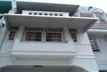 For Sale or Rent 4 Beds タウンハウス in Suan Luang, Bangkok, Thailand