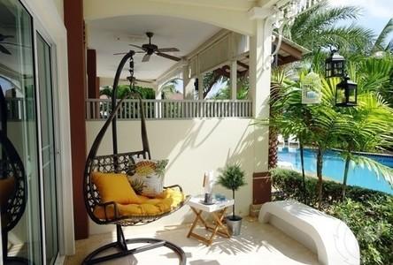 For Sale 1 Bed タウンハウス in Hua Hin, Prachuap Khiri Khan, Thailand
