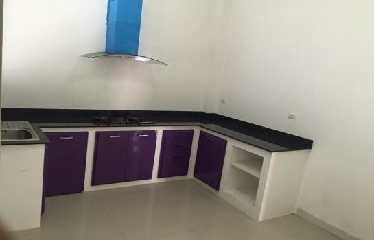 For Sale 4 Beds 一戸建て in Mueang Chachoengsao, Chachoengsao, Thailand | Ref. TH-PGCCCCSJ