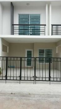 For Sale or Rent 3 Beds Townhouse in Sam Phran, Nakhon Pathom, Thailand | Ref. TH-NZWNLXLU
