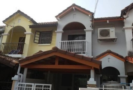 For Sale 2 Beds Townhouse in Don Mueang, Bangkok, Thailand
