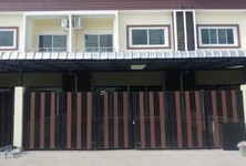For Rent 2 Beds Townhouse in Mueang Phitsanulok, Phitsanulok, Thailand
