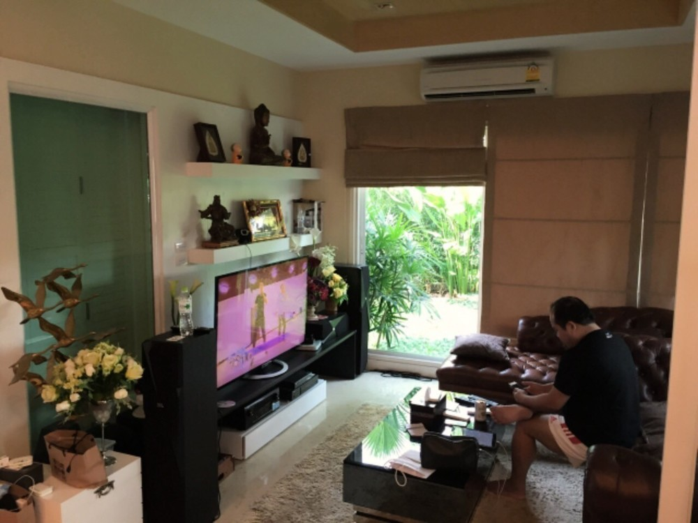 For Sale 4 Beds House in Khan Na Yao, Bangkok, Thailand   Ref. TH-LUCFAOCG