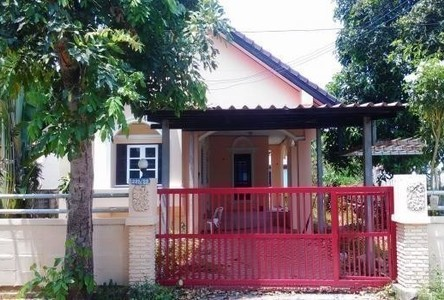 For Sale 2 Beds House in Sankhaburi, Chainat, Thailand