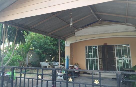 ขาย หรือ เช่า ทาวน์เฮ้าส์ 3 ห้องนอน ศรีราชา ชลบุรี   Ref. TH-BYCGGBZN