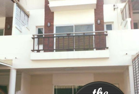 For Sale or Rent 4 Beds タウンハウス in Mueang Khon Kaen, Khon Kaen, Thailand