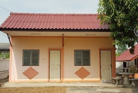 For Rent 1 Bed House in Mueang Uthai Thani, Uthai Thani, Thailand