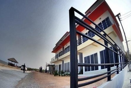 For Sale 2 Beds Townhouse in Ban Laem, Phetchaburi, Thailand