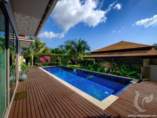 For Sale 3 Beds 一戸建て in Thalang, Phuket, Thailand | Ref. TH-OKQSLRTQ