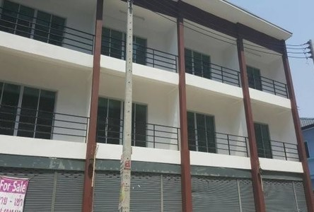 For Sale Townhouse 18 sqwa in Bang Lamung, Chonburi, Thailand
