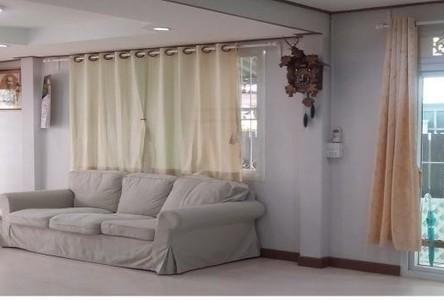 For Rent 3 Beds House in Phra Khanong, Bangkok, Thailand