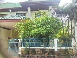 For Rent 3 Beds Townhouse in Nakhon Chai Si, Nakhon Pathom, Thailand | Ref. TH-GVTRWCFT