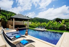 For Rent 7 Beds 一戸建て in Mueang Phuket, Phuket, Thailand