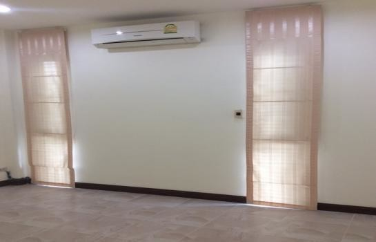 For Sale 2 Beds House in Phra Nakhon Si Ayutthaya, Central, Thailand | Ref. TH-ATOWDYAX