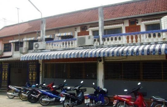 For Sale 4 Beds Townhouse in Mae Sai, Chiang Rai, Thailand   Ref. TH-FLTIZLRA
