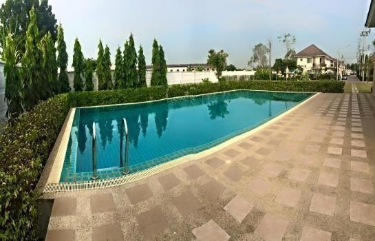 For Sale 5 Beds House in Mueang Nakhon Pathom, Nakhon Pathom, Thailand | Ref. TH-FXQOANDO