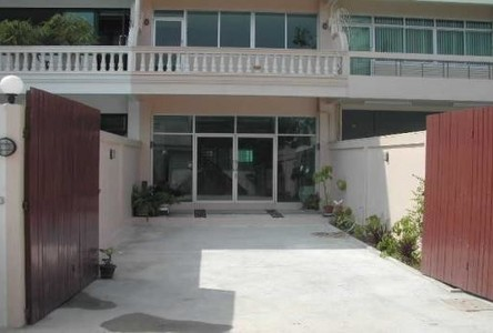 For Sale or Rent 5 Beds タウンハウス in Suan Luang, Bangkok, Thailand