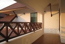 For Rent 4 Beds 一戸建て in Bangkok, Central, Thailand