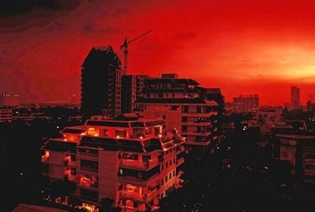 В аренду: Кондо с 4 спальнями возле станции BTS Chong Nonsi, Bangkok, Таиланд