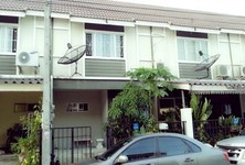 For Rent 3 Beds タウンハウス in Sam Phran, Nakhon Pathom, Thailand