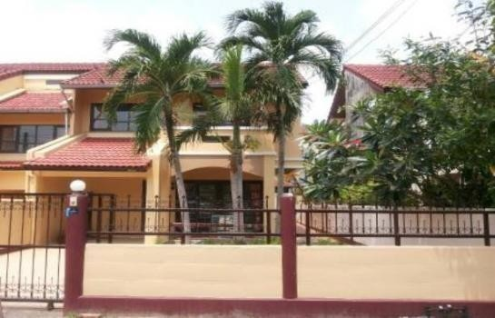 For Sale 3 Beds タウンハウス in Ban Chang, Rayong, Thailand | Ref. TH-TRRDZWGW