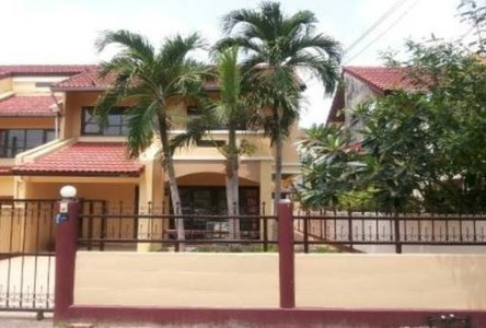 For Sale 3 Beds Townhouse in Ban Chang, Rayong, Thailand