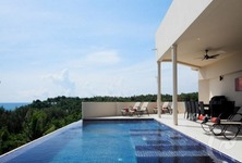 For Rent 9 Beds 一戸建て in Mueang Phuket, Phuket, Thailand