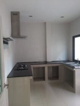 For Rent 3 Beds 一戸建て in Mueang Ubon Ratchathani, Ubon Ratchathani, Thailand   Ref. TH-CDBZVMTH