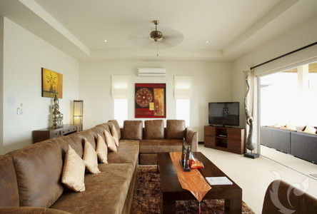 For Rent 7 Beds House in Mueang Phuket, Phuket, Thailand