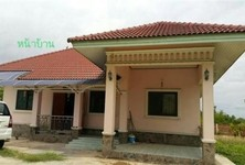 For Sale 2 Beds 一戸建て in Song Phi Nong, Suphan Buri, Thailand