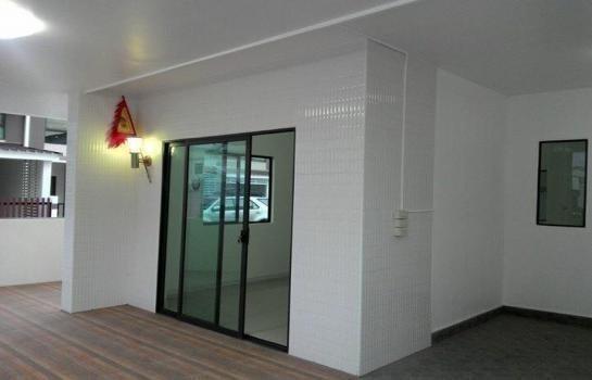 Продажа: Таунхаус с 3 спальнями в районе Phutthamonthon, Nakhon Pathom, Таиланд | Ref. TH-UOITULPJ