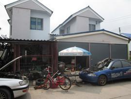 For Sale 4 Beds 一戸建て in Thanyaburi, Pathum Thani, Thailand | Ref. TH-HVKUNYAZ