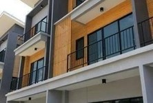 For Sale or Rent 3 Beds Townhouse in Bueng Kum, Bangkok, Thailand