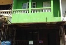 В аренду: Таунхаус с 2 спальнями в районе Mueang Chiang Mai, Chiang Mai, Таиланд