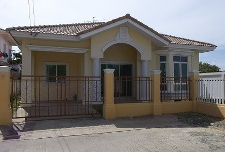 For Rent 3 Beds House in Khlong Luang, Pathum Thani, Thailand