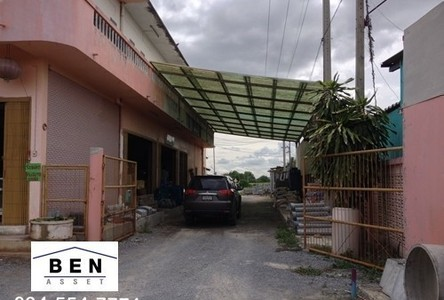 For Sale 8 Beds House in Mueang Nakhon Pathom, Nakhon Pathom, Thailand
