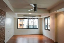 For Sale 2 Beds Townhouse in Sathon, Bangkok, Thailand