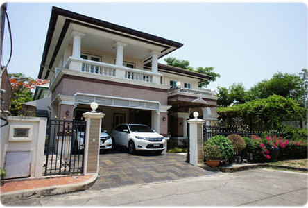 For Sale 4 Beds House in Bang Khae, Bangkok, Thailand