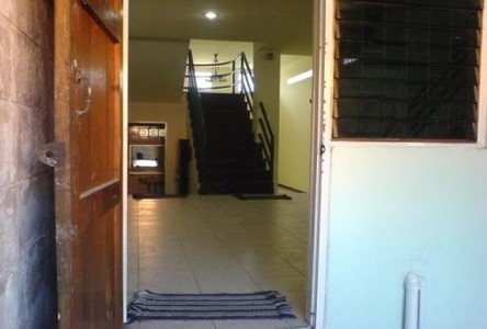 For Rent 4 Beds Townhouse in Lat Phrao, Bangkok, Thailand