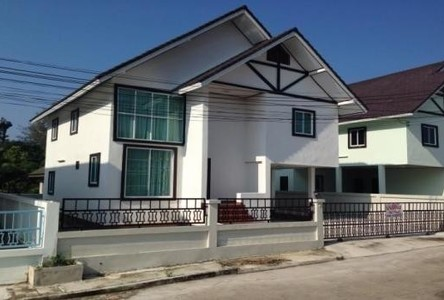 For Sale 3 Beds 一戸建て in Pluak Daeng, Rayong, Thailand