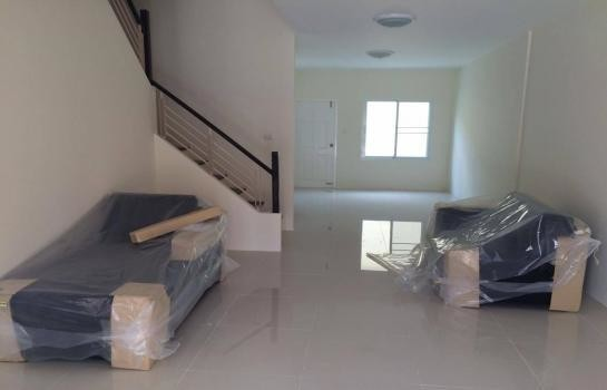 For Rent 3 Beds タウンハウス in Thalang, Phuket, Thailand   Ref. TH-MNIISMCZ